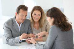 Prověřování bonity zájemce o půjčku.